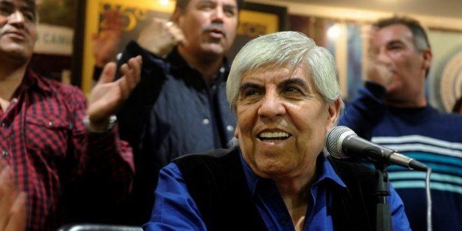 Avanzan con el embargo a cuentas del gremio de Hugo Moyano