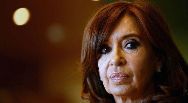 Acusan a Cristina Kirchner de 913 hechos de corrupción