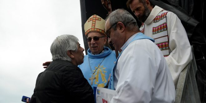 El Gobierno cree que el Papa Francisco respalda a los Moyano