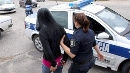 Detuvieron a mujer policía que integraba banda dedicada a entraderas