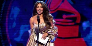 """El vergonzoso momento que vivió Thalía en los Grammy Latinos por """"culpa"""" de Luis Miguel"""