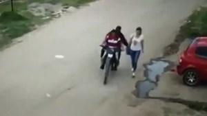 Video: así le robó a una mujer y ya fue liberado porque tiene 16 años
