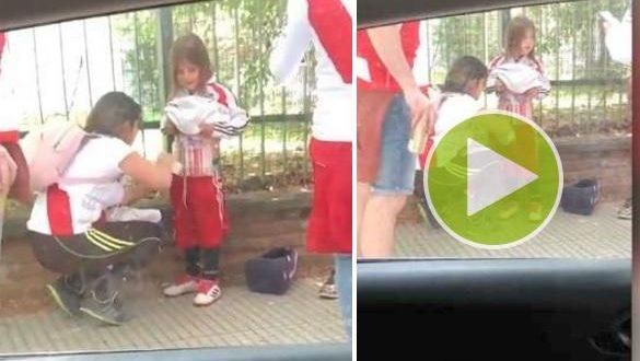 Video indignante: madre le pega bengalas en el cuerpo a su hija para entrar al Monumental
