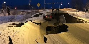 Alaska, zona de desastre tras un fuerte terremoto, el mismo día que en Buenos Aires