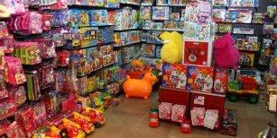Arbolito devaluado: la venta de juguetes en la temporada navideña cayó un 20 %