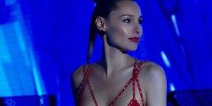 Pampita compartió unas fotos improvisadas semidesnuda y provocadora