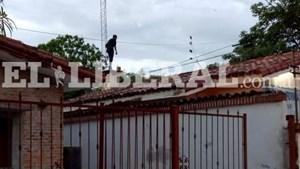 Violento motín en una comisaría de Santiago del Estero: diez presos escaparon