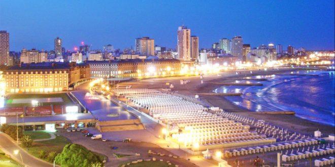 Mar del Plata.  Una dinámica ciudad plena de color y alegría.