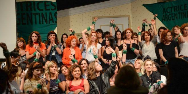 """El colectivo de Actrices Argentinas ante los pedidos de ayuda por casos de abusos: """"No podemos ocupar la función del Estado"""""""