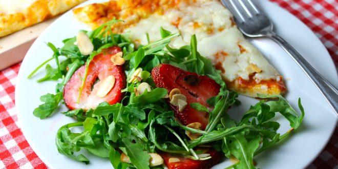 Ensaladas que engordan más que una pizza