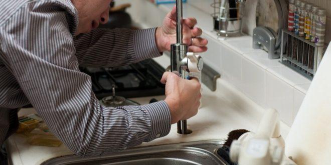 5 trucos para hacer reparaciones en casa con poco dinero