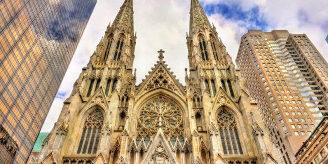 Un hombre entró a la Catedral de Nueva York con dos bidones de nafta