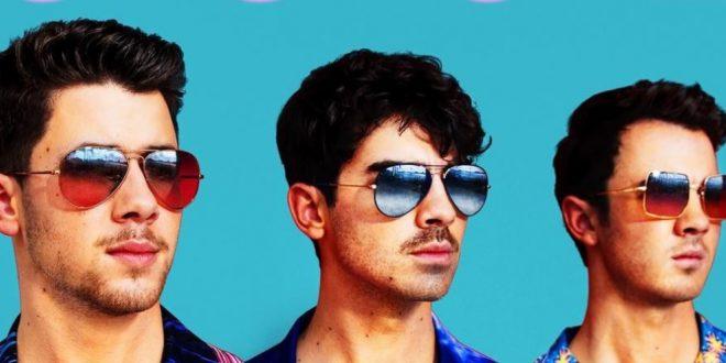 A pesar de su separación en el 2013, la familia se reúne. Los Jonas Brothers confirmaron su regreso.