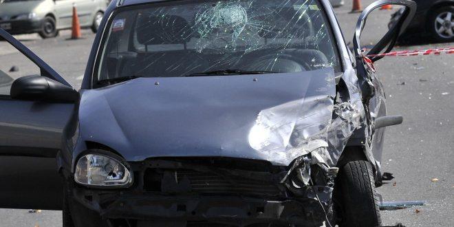 Le regalaron un auto , salió a estrenarlo y murió junto a sus tres hijos y una sobrina