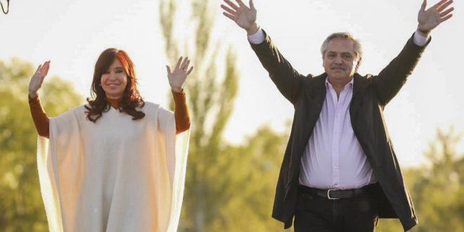 Alberto Fernández cierra su campaña en Mar del Plata junto a Cristina Kirchner
