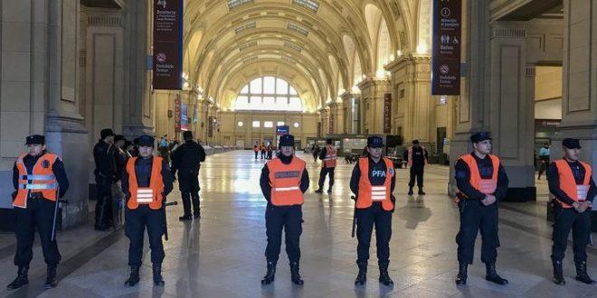 Autorizan a fuerzas de seguridad a pedir el DNI en estaciones de trenes