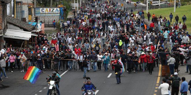 Ecuador al rojo : Toque de queda y nuevos incidentes
