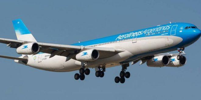 Los pilotos de Aerolíneas Argentinas y Austral levantaron el paro y habrá vuelos el fin de semana