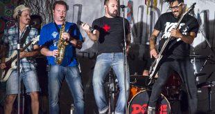"""Quinteto argentino musical """"12 monos"""" está de gira por México"""