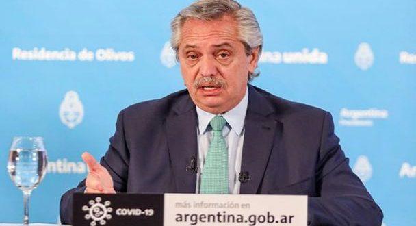 Alberto Fernández prepara una línea de crédito subsidiado para monotributistas clase C y D