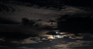 Que son los ruidos en el cielo? Explicación de los zumbidos que se escuchan en el cielo