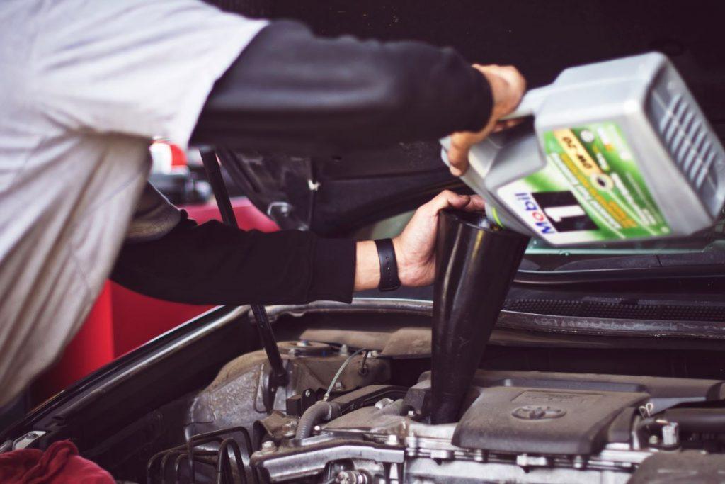 Cosas que debe evitar al comprar un auto usado