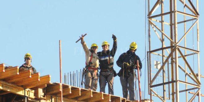 La construcción presiona para acelerar la apertura.
