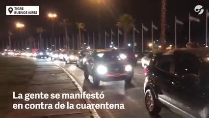 Masiva caravana en Tigre en contra de la cuarentena