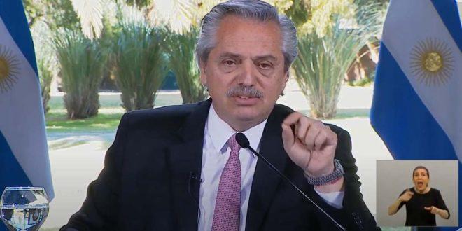 """Alberto Fernández: """"vamos a tratar de ir volviendo a la vida habitual en forma escalonada"""""""