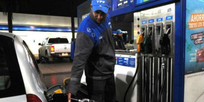 El Gobierno decidió un aumento en el precio de los combustibles