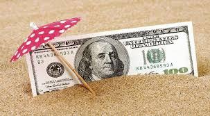 El dólar turista subió 65 centavos en lo que va de agosto y llegó a casi $100