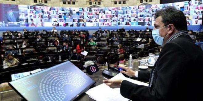 Vecinos de Tigre se manifestaron en repudio al accionar de Sergio Massa en la sesión en la Cámara de Diputados