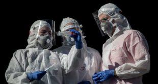 2 mil médicos del mundo piden terminar el confinamiento como método de lucha contra el Covid-19