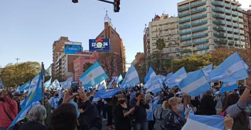 Convocan a un nuevo banderazo contra el Gobierno para el 12 de octubre