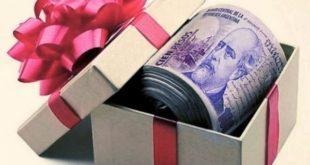 El Gobierno planea otorgar un bono de fin de año