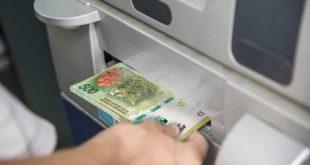¿Cuánto cuesta en Argentina sacar dinero de cajeros automáticos?